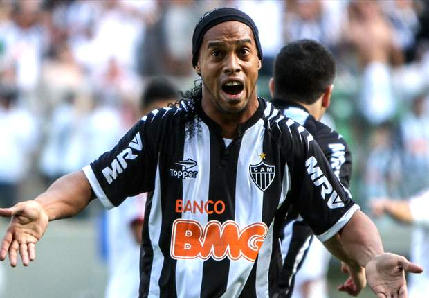 Brasileiro Round 32: Ronaldinho stars as Atletico Mineiro close gap at summit