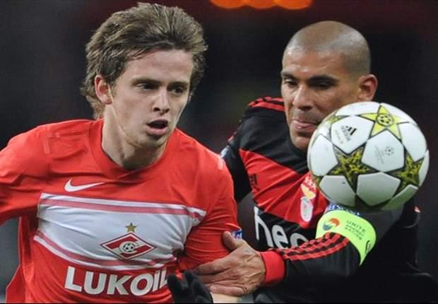 Cardozo zorgt voor opluchting bij Benfica