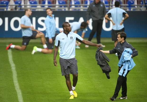 Mancini wil meer zien van City-spitsen