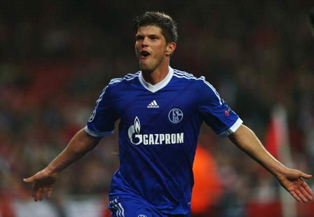 My client would not mind playing in Milan again - Huntelaar's agent