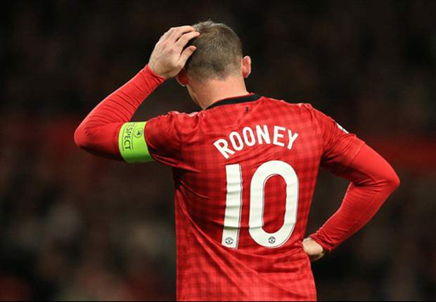 Manchester United reject Chelsea offer for Rooney as clubs clash over bid details