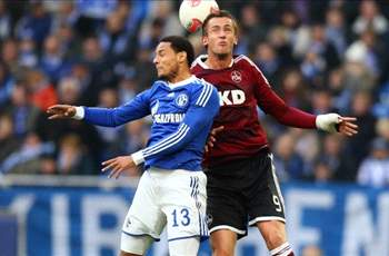 Schalke's Jermaine Jones suspended four matches for red card