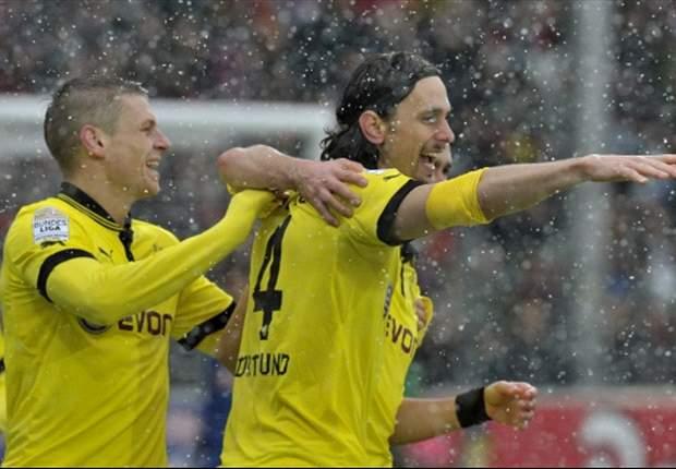Freiburg 0-2 Borussia Dortmund: Subotic and Gotze return champion to winning ways
