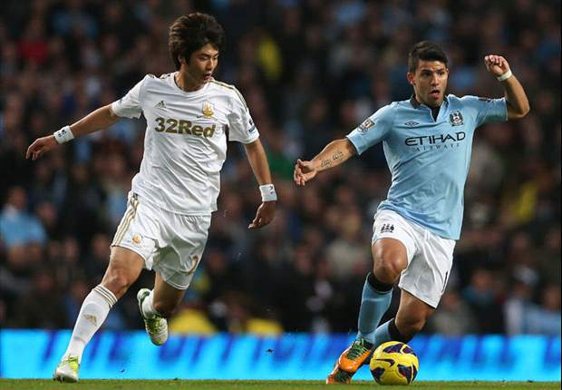 TEAM NEWS: Aguero & Tevez start for Manchester City against Ajax