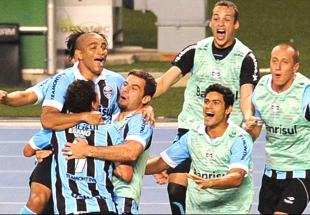 Figueirense 2 x 4 Grêmio: Tricolor abre vantagem, leva susto, mas vence e continua vice-líder