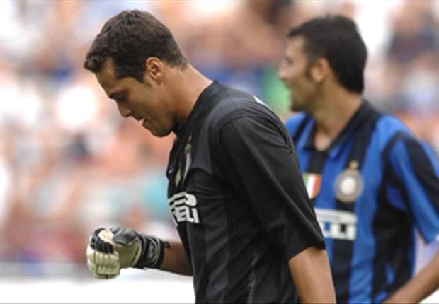 Inter 'Keeper Julio Cesar Accepts Adriano Departure