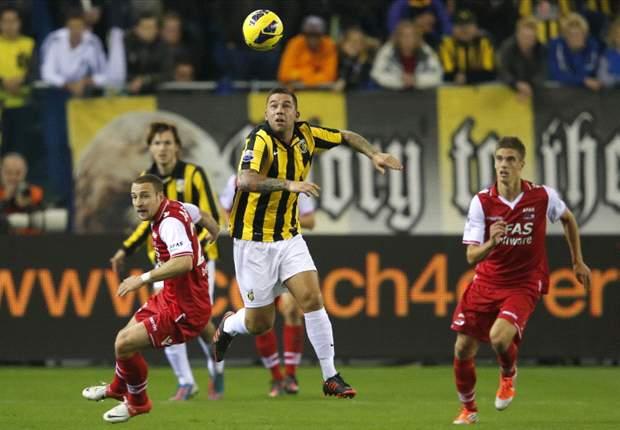AZ Alkmaar Tumbangkan Vitesse Arnhem