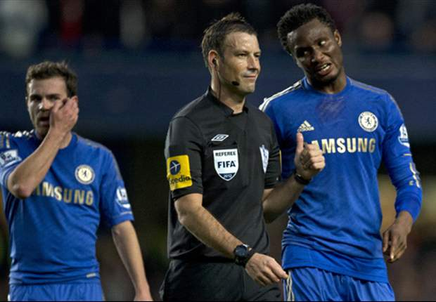 Referees' union offers 'full support' to Clattenburg after Chelsea complaint