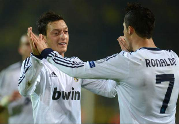 Ozil: I would give both Casillas and Ronaldo the Ballon d'Or