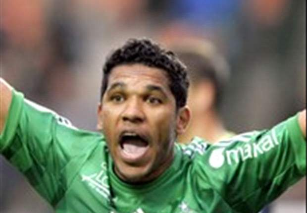 Brandao slams Thiago Silva feud claims