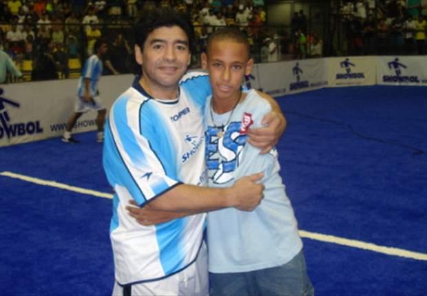 Neymar saludó a Maradona por su cumpleaños
