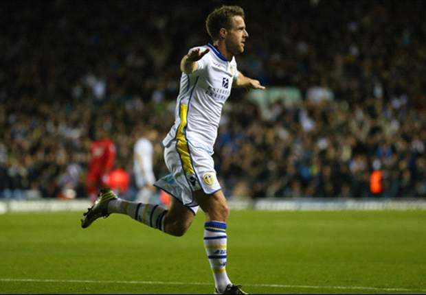 Leeds 3-0 Southampton: Tonge, Diouf & Becchio strike to dump out Premier League strugglers