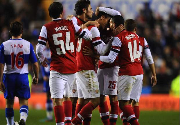 Reading 5-7 Arsenal (after extra time): Walcott & Chamakh seal Madejski madness in astonishing Gunners comeback