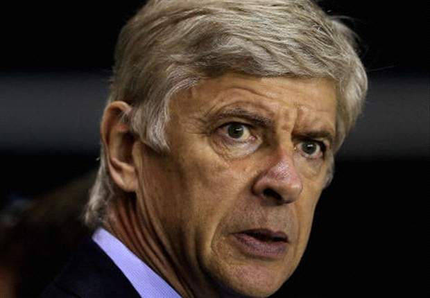 Arsenal boss Wenger denies any contact from PSG