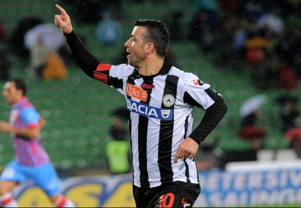 Di Natale apologises after making 'instinctive gesture' at supporters