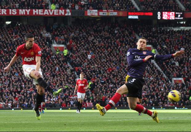 Wenger criticises Arsenal captain Vermaelen for Van Persie goal in Manchester United defeat