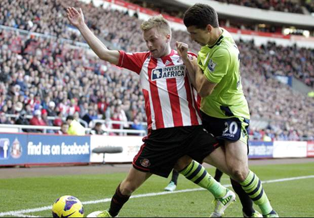 Aston Villa manager Paul Lambert heaps praise on Benteke after Sunderland victory