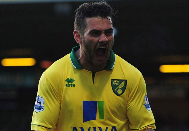 Norwich City 1-0 Stoke City: Johnson header moves hosts above Potters