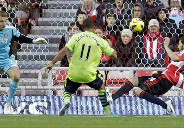 Sunderland 0-1 Aston Villa: Agbonlahor goal piles the pressure on beleagured O'Neill