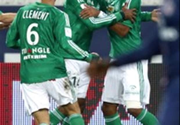 Zlatan Ibrahimovic Kartu Merah, AS Saint-Etienne Tumbangkan Paris Saint-Germain