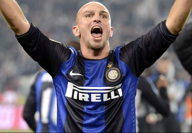 Cassano can do anything with the ball, says Cambiasso