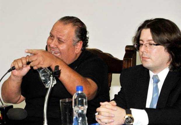 Eduardo Delmás se postula como presidente en Olimpia
