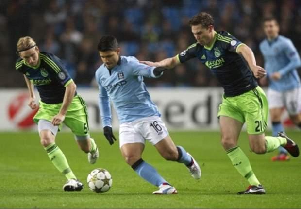 Fans Protes 'Sepakbola Modern', UEFA Denda Ajax