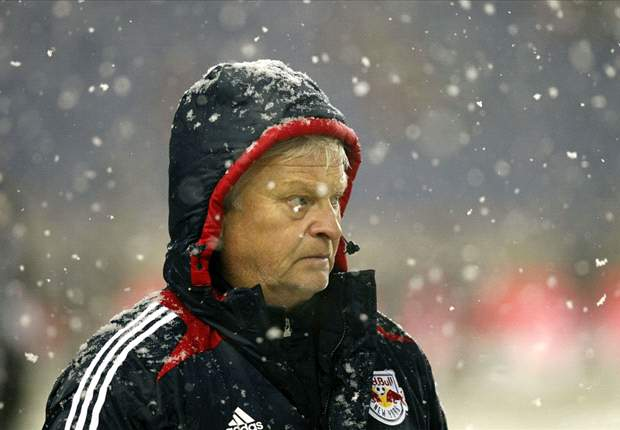 Hans Backe: Game should have postponed earlier