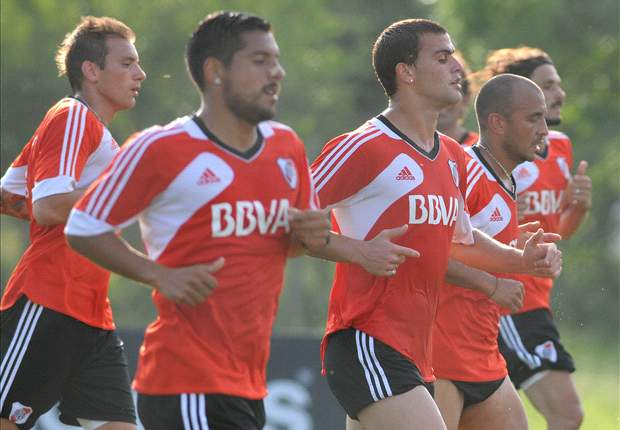 Almeyda volvió a parar el mismo equipo