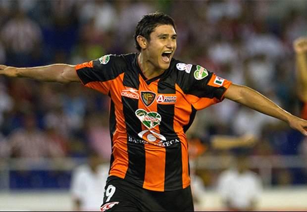 Andrade amenaza con partir de Jaguares