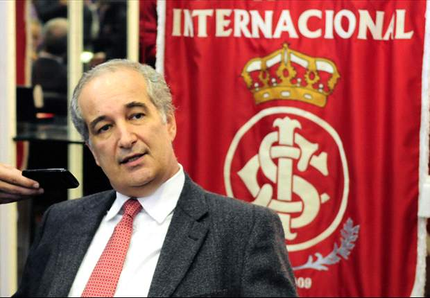 Giovanni Luigi é reeleito no Internacional