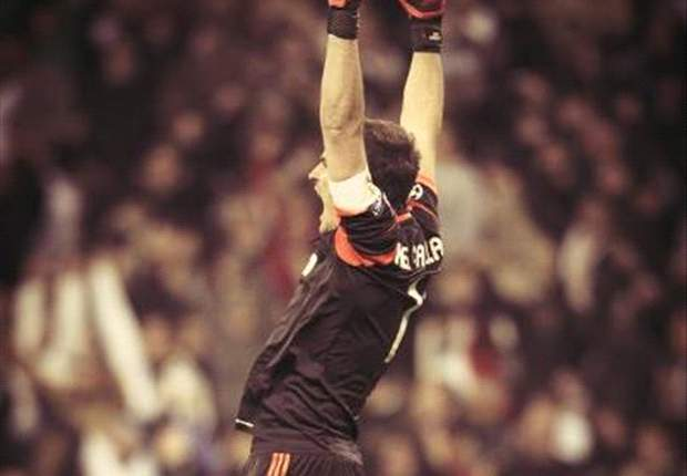 Iker Casillas sí celebra los goles
