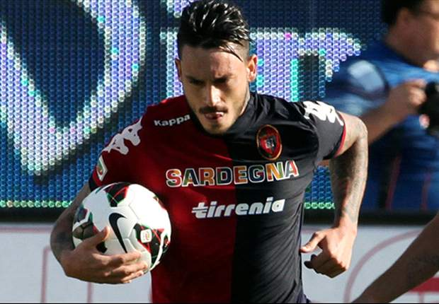"""Alla fine Pinilla è rimasto al Cagliari, e con gioia: """"Contento della mia squadra, e non inventate ca**ate..."""""""