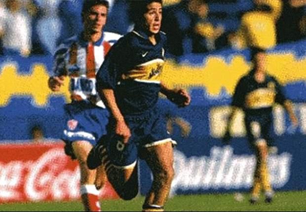 Vía Twitter, los fanáticos agradecen a Riquelme a 16 años de su debut