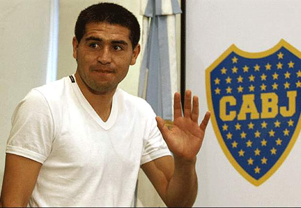 Riquelme open to Boca Juniors return