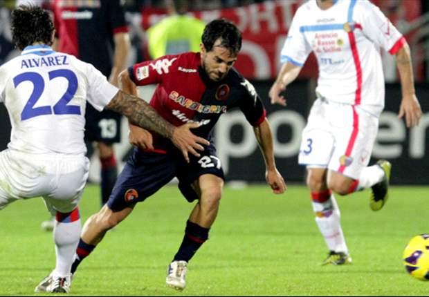 Il Napoli senza Cavani soffre e con la coppia Pulga-Lopez, il Cagliari in casa non perde mai