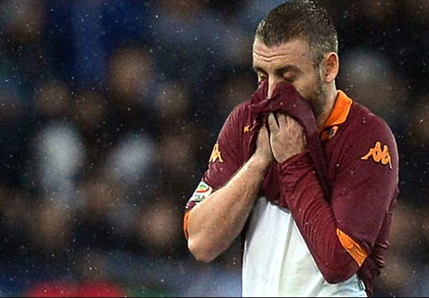 Manchester City target De Rossi dropped from Italy squad for punching Mauri