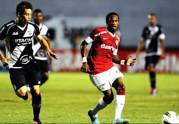 Flamengo assina com o lateral João Paulo