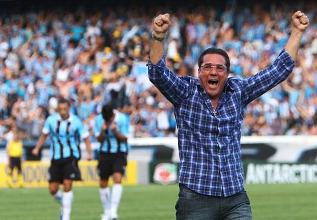 Luxemburgo se mostra satisfeito com saldo do trabalho no Grêmio