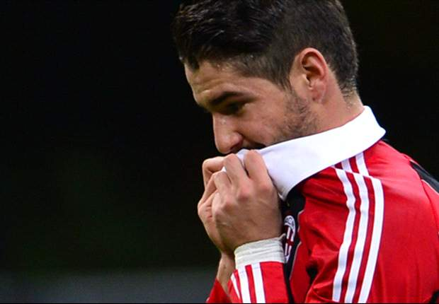 Berlusconi worried by Pato injuries