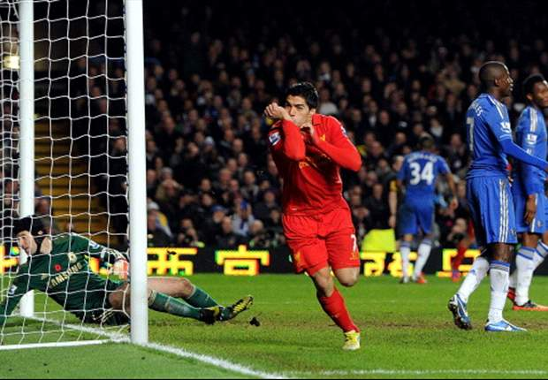 Carragher: Suarez one of Liverpool's greatest strikers