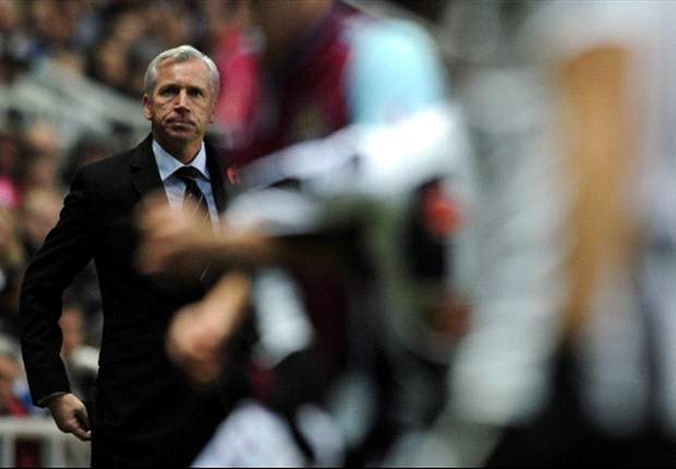 Pardew: Newcastle need to emulate Barcelona to beat Benfica