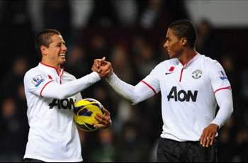 "Javier ""Chicharito"" Hernandez scores brace in Manchester United win"