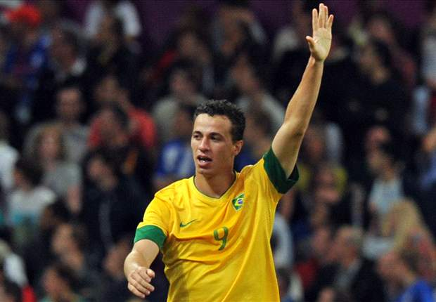 Leandro Damiao insists England are not contenders for the World Cup