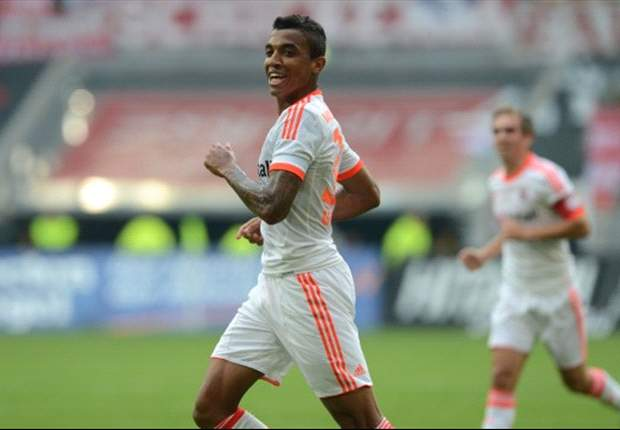 Arsenal target summer move for Bayern Munich midfielder Luiz Gustavo