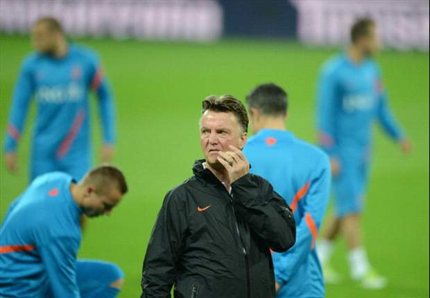Huntelaar was not in good shape, insists Van Gaal
