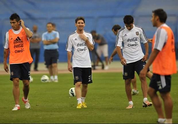 Sabella arma el equipo con Coloccini, Tino Costa y Salvio como titulares