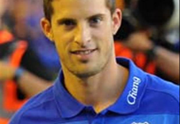 Everton captain Phil Neville welcomes Mirallas' return from injury