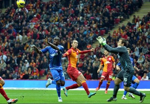 Galatasaray pijnlijk onderuit in eigen huis