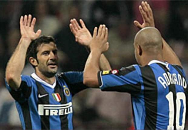 Luis Figo: Adriano es un excelente ejemplo de cómo destruir tu talento